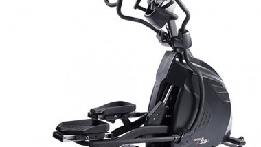 SPIRIT fitness CE900LED Club Series Crosstrainer